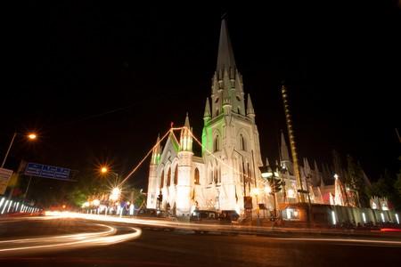 Santhome Church, Chennai |© Vinoth Chandar / Flickr