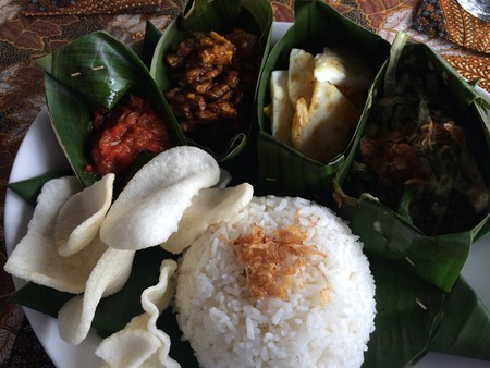 Vegetarian nasi campur in Bali | © Kars Alfrink / Flickr