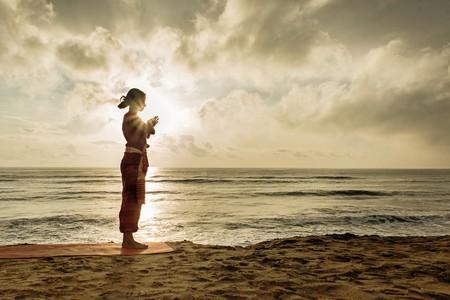 Morning yoga on the beach   ©Surya Namaskar / Flickr