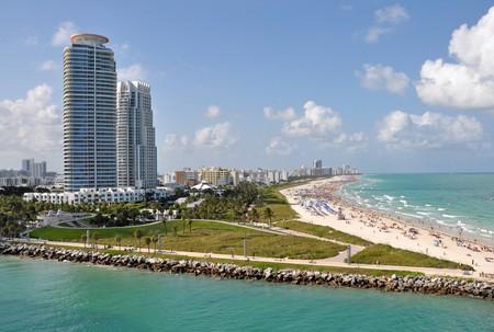 Miami Beach | © James Willamor / Flickr
