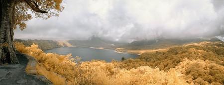 Lake Buyan | © Deni Saputra / Flickr