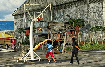 Street basketball in the Philippines   © Brian Evans / Flickr