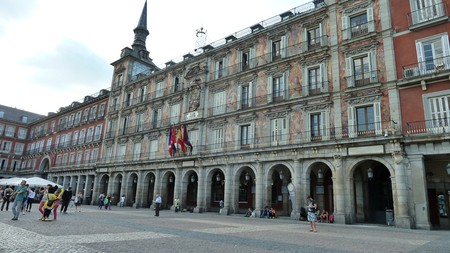 Here's a list of things to do in and around the Plaza Mayor  | © Lori Zaino