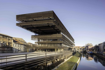 Ghent's new public library has been stacked and designed to give locals a social and cultural meeting place | © Karin Borghouts / Courtesy of De Krook