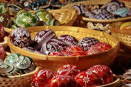 Hungarian Easter Eggs / Pixabay