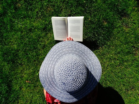 Summer reading | Pixabay