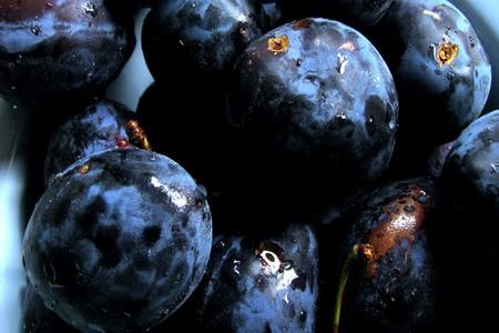 Ripe plums   © Hiltrud Möller-Eberth/ Flickr