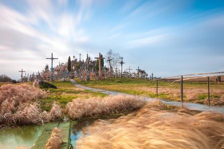 Hill of Crosses from afar   © Konstantin Yolshin/Shutterstock