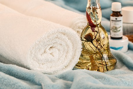 Massage Therapy Essential Oils   © stevepb/Pixabay