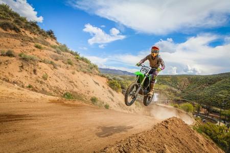 Dirt Biking | © Pexels