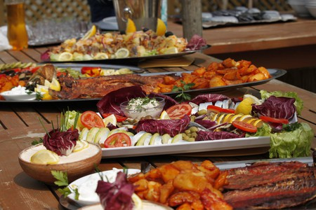 Romanian food platers  |  © Georgeta Gheorghe