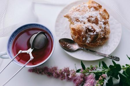 Tea and Cake | © Kaboompics