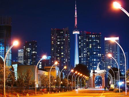 Night shot of Toronto  © paul bica / Flickr