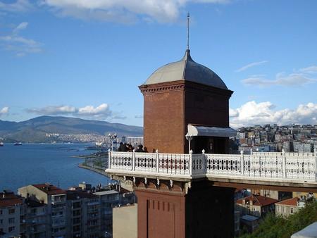 Asansör   © Yabancı/Wikimedia Commons