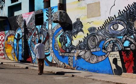 "Callejon de Hamel, Havana, Cuba   © <a href=""https://www.flickr.com/photos/spekul/14467535776/"">  Pablo Spekuljak / Flickr</a>"