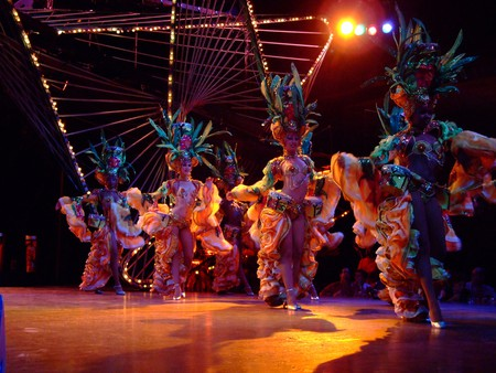 Tropicana opening number   © jennicatpink/Flickr