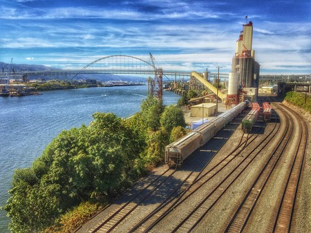 Portland, OR Grain Tracks | © Ian Sane / Flickr