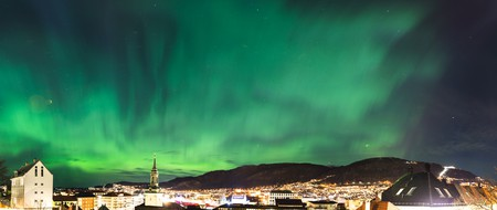 Northern lights in Bergen |  © Sindre Skrede / Flickr