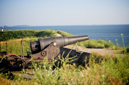 One of the guns at Suomenlinna/ Maria Morri/ Flickr