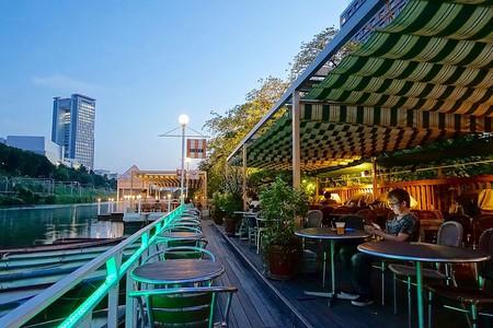 Canal Cafe in Kagurazaka, Tokyo | © Daderot/WikiCommons