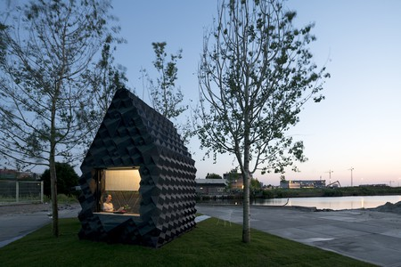 Urban Cabin by DUS Architects | © Ossip van Duivenbode