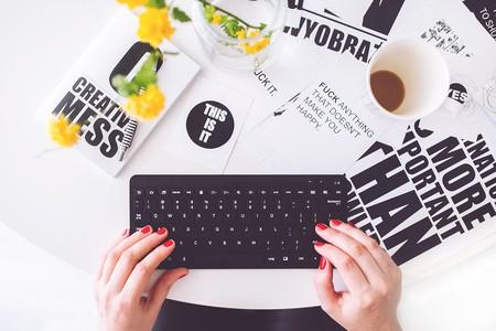 "<a href=""https://pixabay.com/en/girl-woman-typing-writing-blogger-791177/"" target=""_blank"" rel=""noopener noreferrer"">Bloggers | kaboompics / Pixabay</a>"