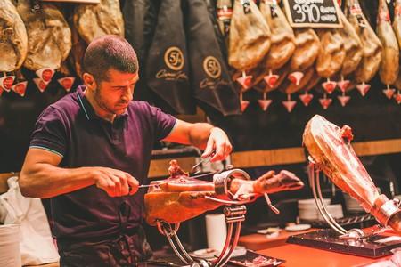 Explore Madrid's culinary scene with a food tour | © Makiyo Lio/Devour Tours