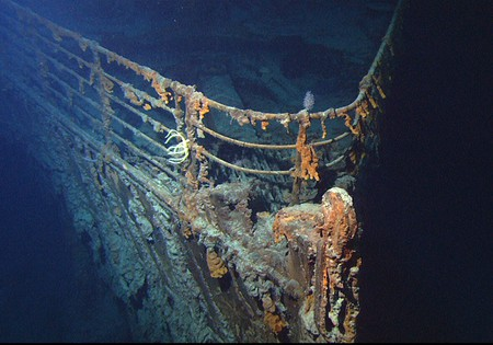 RMS Titanic photographed by the ROV Hercules during an expedition in June 2004 | Courtesy of NOAA/Institute for Exploration/University of Rhode Island (NOAA/IFE/URI)