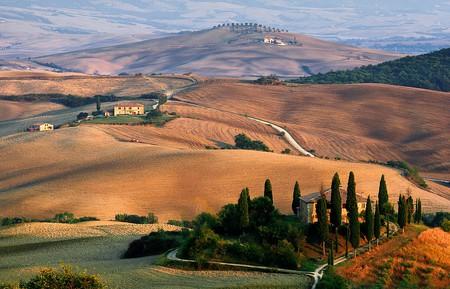 Tuscany in summer | © pixabay https://pixabay.com/it/tuscany-paesaggio-cipresso-1707192/