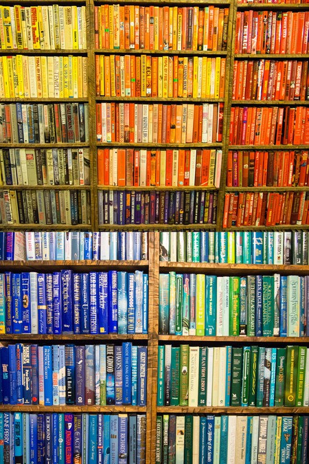 Marseille has some wonderfully interesting bookstores | © emily kneeter/Flickr