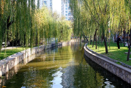 """<a href=""""https://www.flickr.com/photos/gillpenney/2186669019"""">Tianjin People's Park 