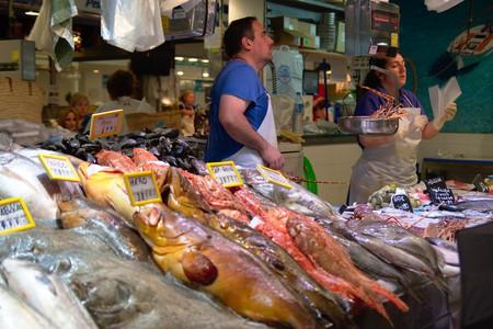 """<a href=""""https://www.flickr.com/photos/132549859@N07/25102114052/"""" target=""""_blank"""" rel=""""noopener noreferrer"""">Olivar Market   © sn6200 / Flickr</a>"""