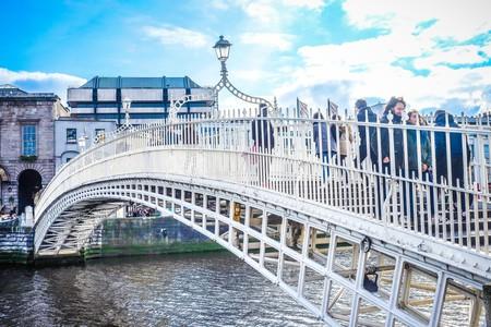 Ha'penny Bridge Dublin | © Bro. Jeffrey Pioquinto, SJ /  Flickr