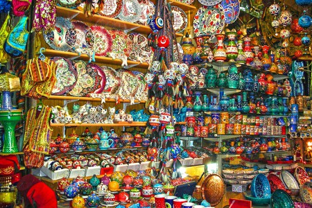 Souvenir Shop | © Yonca Evren/Flickr