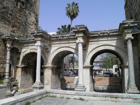 Hadrian's Gate, Antalya | © Carole Raddato / Flickr