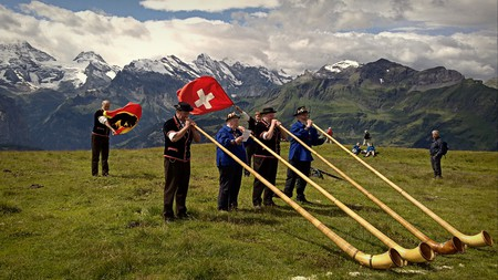 Switzerland is home to pretty unique customs | © Cristo Vlahos / WikiCommons