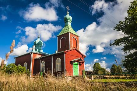 Beautiful wooden churches on Saaremaa   © Anilah/Shutterstock