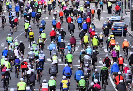 Some 32,000 cyclists participate in the Five Boro Bike Tour annually. | © Ed Haas