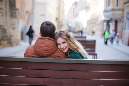 Broaden your love interest horizons with Tinder | © Disarm / Pixabay
