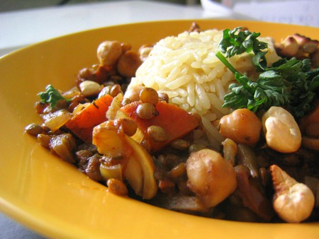 Lentils and Chickpeas | © rusvaplauke/Flickr