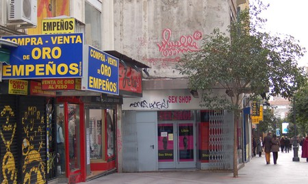 This Muelle mark is a protected Cultural Interest Site on Calle Montera, Madrid│© Marta Nimeva Nimeviene/Flickr