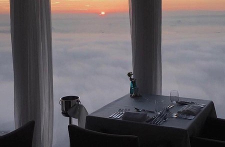Dinner in the clouds at Panoramic 34
