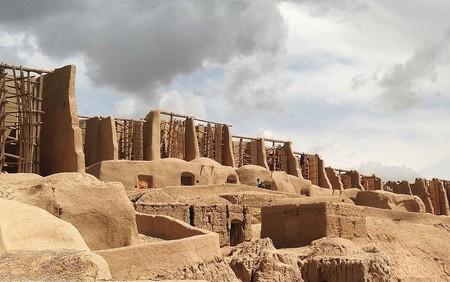 The centuries-old windmills of Nashtifan | © sepideh.sadafi@gmail.com / WikiCommons