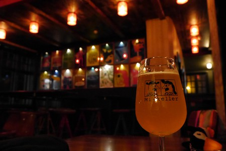 "<a href = ""https://www.flickr.com/photos/activesteve/30498779241/in/photolist-NqvGcq-Nt5dvp""> Enjoying a Beer at Mikkeller 