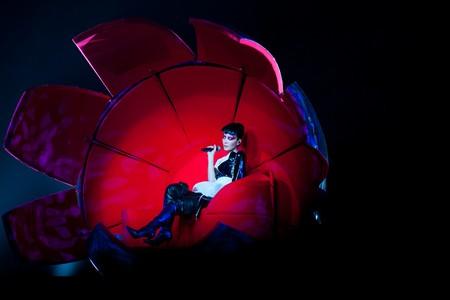 "<a href=""https://www.flickr.com/photos/60678855@N03/5532446390/"">Faye Wong performing in Hong Kong in 2011   © lajabordidar/Flickr</a>"