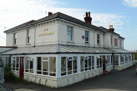 The Sportsman Pub   © Ewan Munro/Flickr