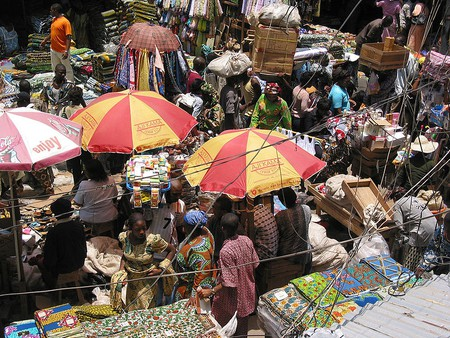 "<a href=""https://commons.wikimedia.org/wiki/File:2005_market_Lagos_Nigeria_12129001.jpg?uselang=en-gb"">Balogun Market   © Zouzou Wizman/WikiCommons</a>"