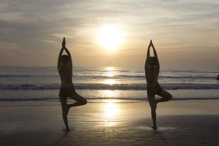 Beach yoga © Pexels