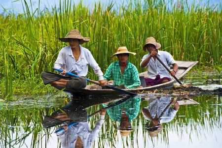 Travel Myanmar   © Courtesy of myeviajes/Pixabay