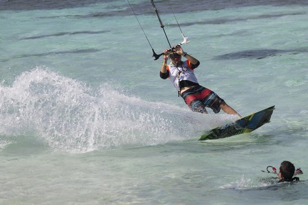 Kite-surfing in Colombia I © Byron Rizo Bayona/Flickr